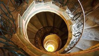 spiral-staircase-570139_1280.jpg